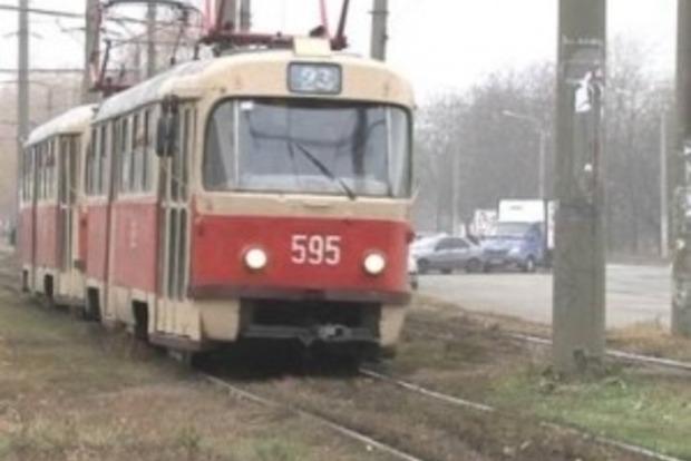 В Киеве задымился трамвай с пассажирами