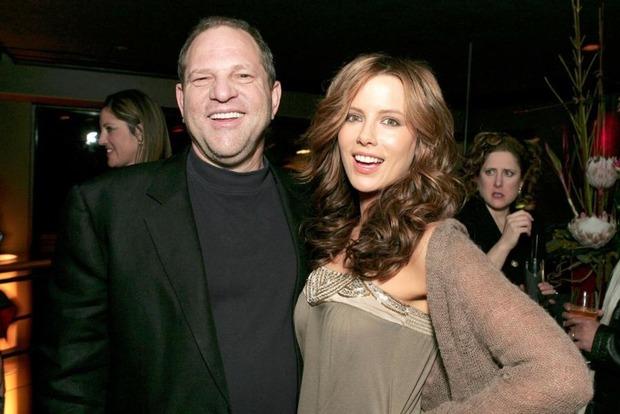 Развратный продюсер пытался соблазнить несовершеннолетнюю Кейт Бекинсейл