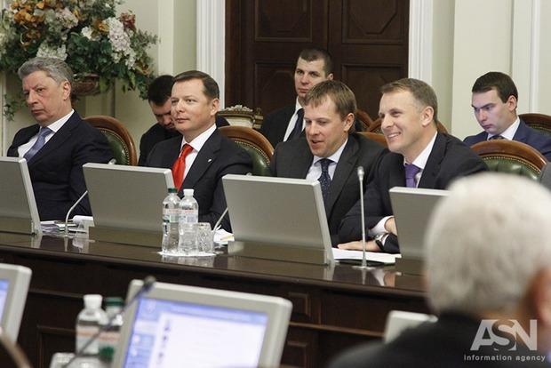 Глав Минздрава, ФГИ и Нацбанка на этой неделе предложили отправить в отставку
