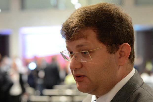 Нардеп Арьев рассказал, как мошенники пытались узнать номер его банковской карточки