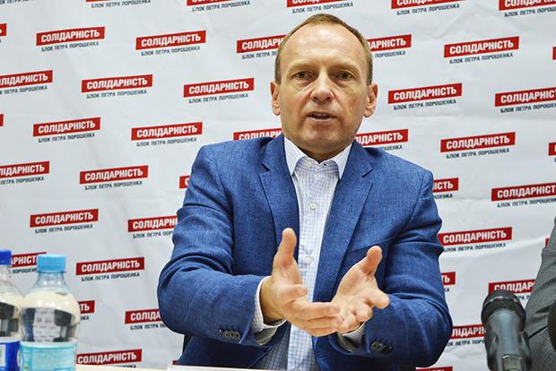 Творец золотого батона Януковича назвал семьи без трех детей больными. Что имел ввиду мер Чернигова?