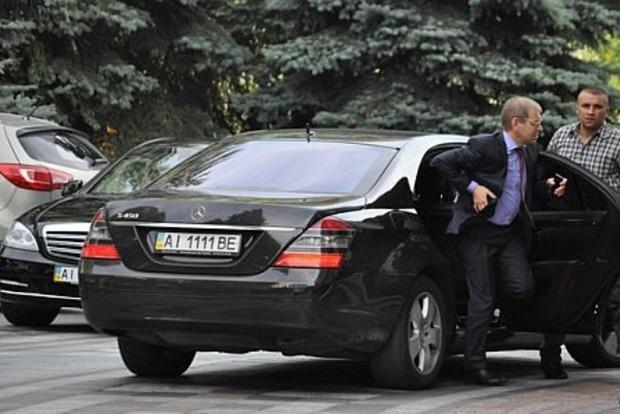 Пашинский пополнил свой автопарк еще одним Mercedes за миллион