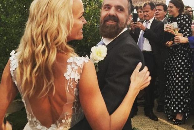 Дочь медиамагната Мердока вышла замуж во второй раз