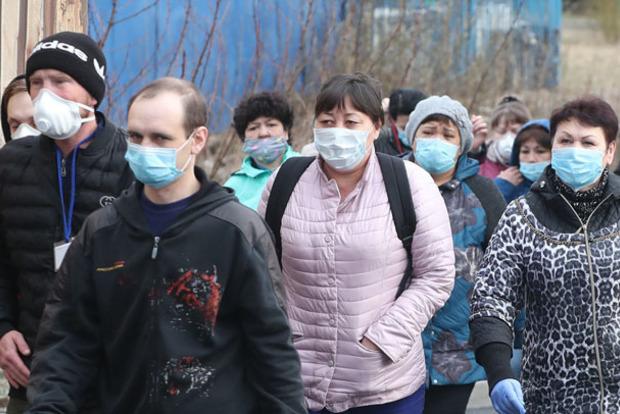Возвращается по 2-3 раза. В Одессе человек болеет коронавирусом уже 1,5 месяца