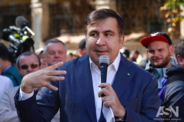 Саакашвили купил билет на самолет до Киева на 1 апреля