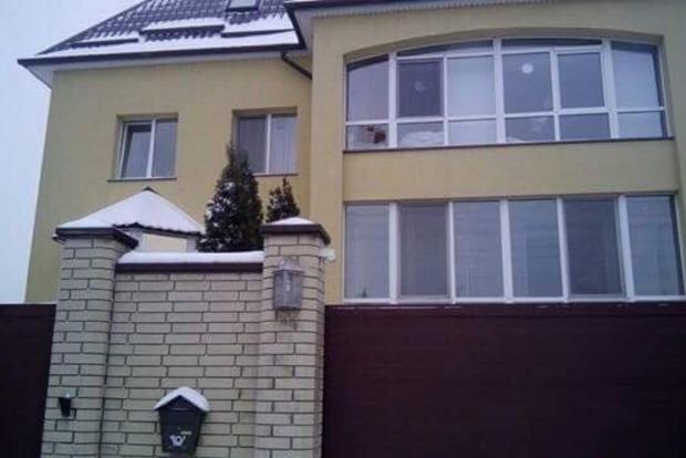 Депутат сообщил о кровавом захвате частного дома под Днипром