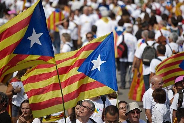 Испания не собирается решать проблему Каталонии через посредника
