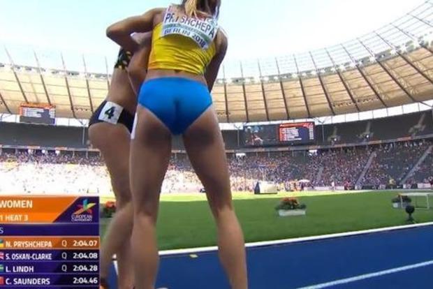 Украинка выиграла забег и вернулась помочь сопернице: видео