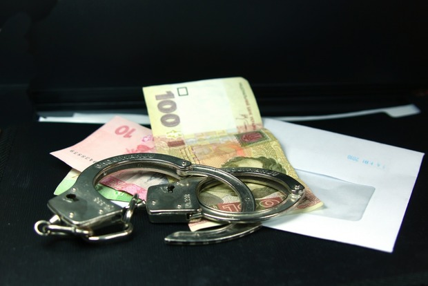 На Львовщине заместителя начальника одного из райотделов полиции поймали на взятке