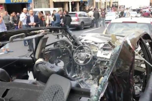 В результате взрыва автомобиля в центре Киева погиб чеченец, воевавший в АТО
