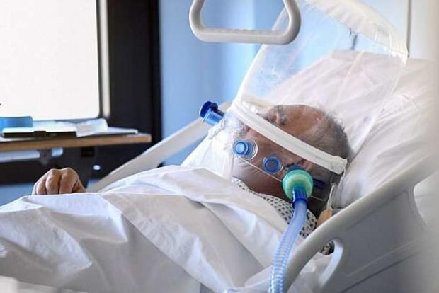 Заразил десятки людей. На Виннитчине от коронавируса умер бизнесмен, купивший себе частный ИВЛ