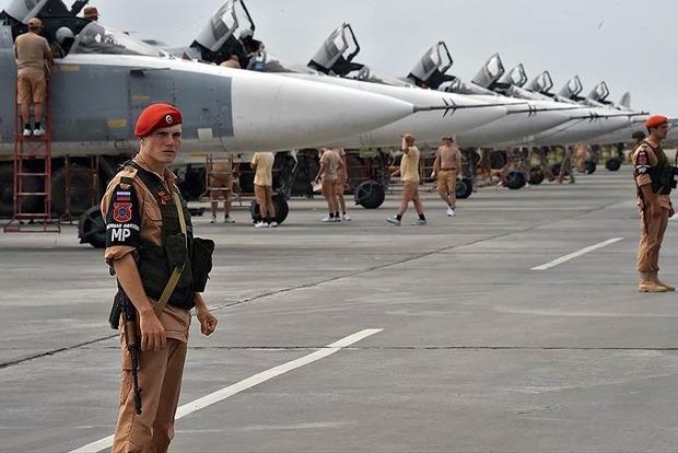 В Сирии обстреляли российскую авиабазу, уничтожены семь самолетов