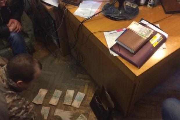 В Одессе на взятке погорел чиновник Минобороны - Матиос