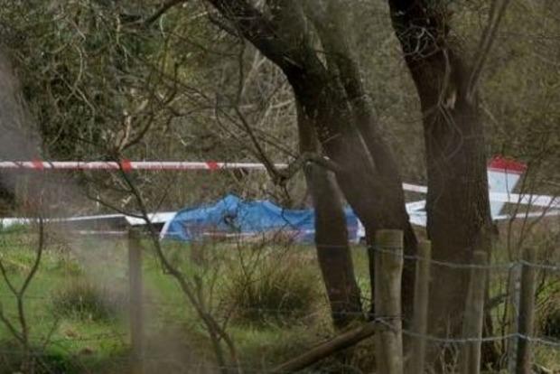 Возле столицы Северной Ирландии рухнул самолет, есть жертвы