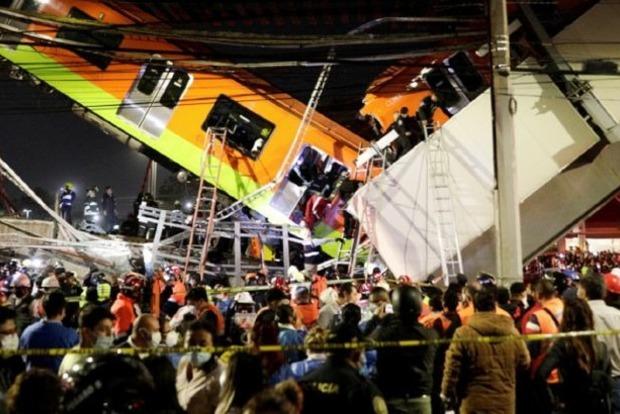Обрушение моста метро в Мехико