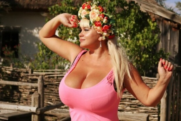 Украинка с грудью 13-го размера попробует себя в боксе
