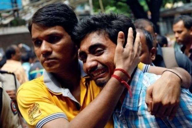 Из-за давки на железнодорожной станции в Индии погибло 22 человека