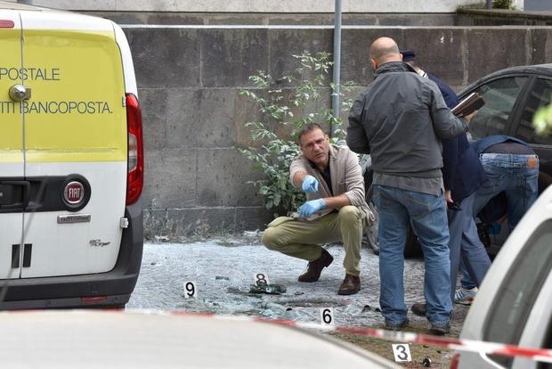 В центре Рима раздался двойной взрыв