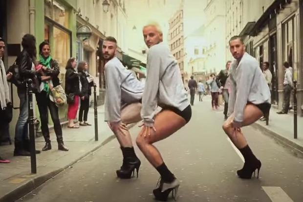 Французский дизайнер выпустил туфли на шпильках для мужчин