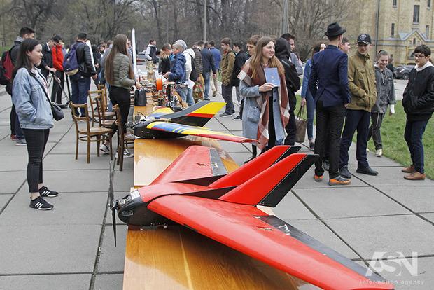 Дрони, роботи і техно-вечірка: КПІ проводить Future Fest