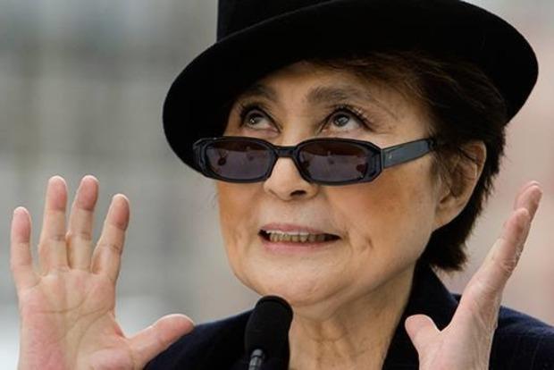 Йоко Оно пригрозила судом производителям напитка John Lemon