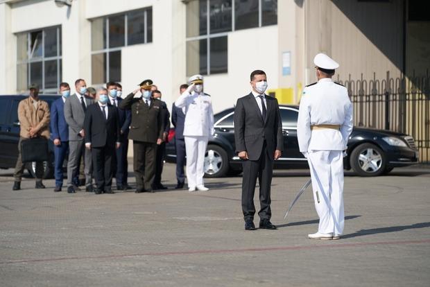 Зеленский выступил в Одессе на торжествах по случаю Дня Военно-Морских сил Вооруженных сил Украины