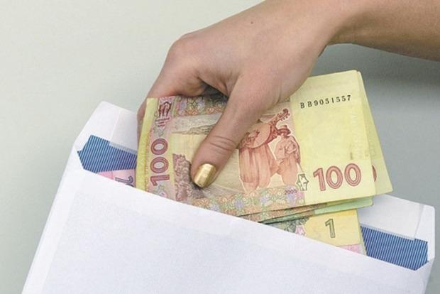 За зарплату «в конверте» будут штрафовать на 320 тыс. грн