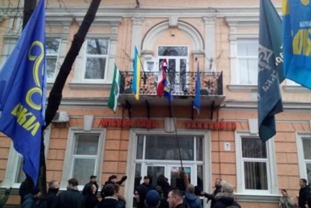 Международный скандал: в Берегово сняли с мэрии флаг Венгрии