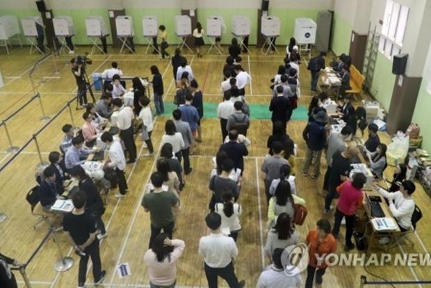 В Южной Корее проходят досрочные выборы президента