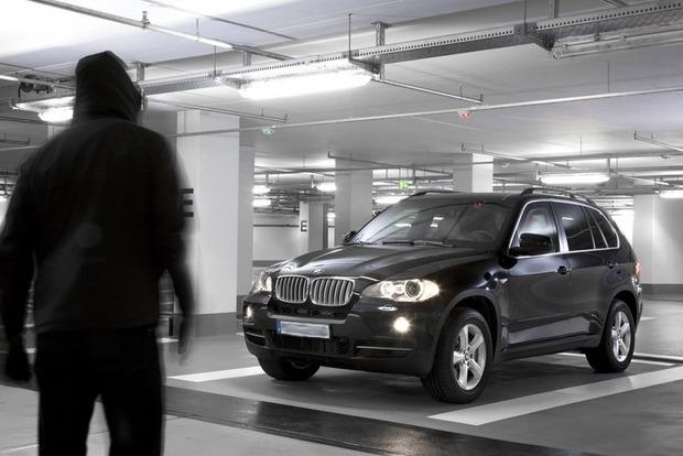 Угнанный автомобиль. Почему в Украине вернуть свое авто дороже, чем купить новое