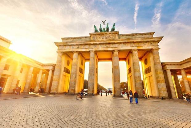 В ФРГ планируют усилить контроль на период Евро-2016