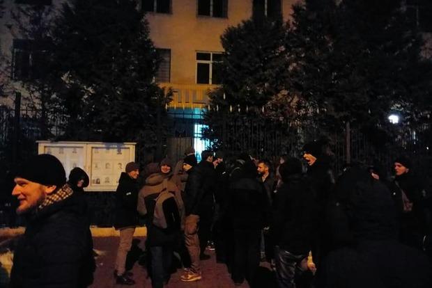 У річницю Майдану в центрі Києва побилися радикали і поліція