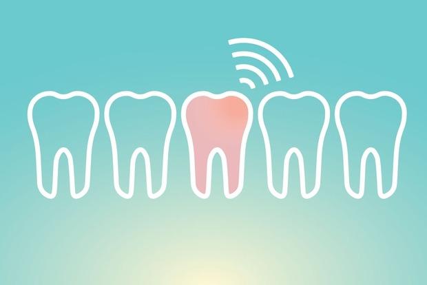 Боремся с чувствительностью зубов не только в клинике, но и дома