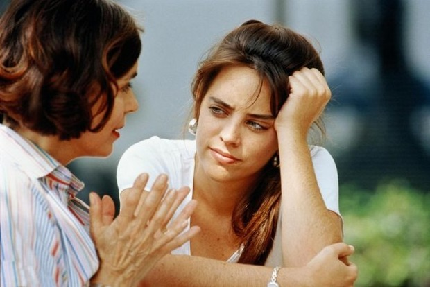 10 признаков того, что ваши родители токсичны и отравляют вам жизнь
