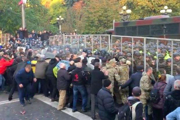 Штурм палаточного городка под Радой: восемь задержанных