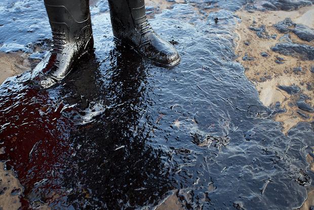 Ціни на нафту знижуються на тлі настроїв світового попиту
