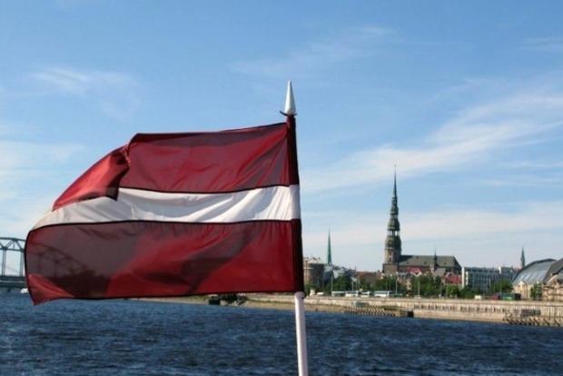 Латвия сформирует постоянное военное подразделение у границы с Россией