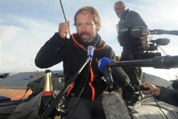 Моряк из Франции побил мировой рекорд кругосветки