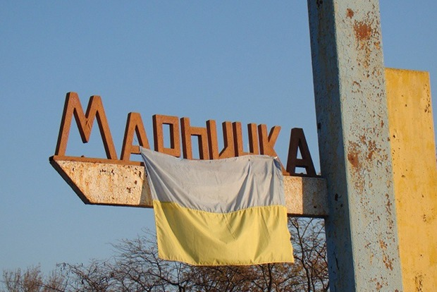 Боевики обстреляли КПВВ «Мариьнка», тяжело ранены два человека