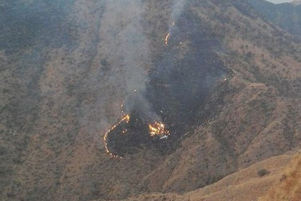 На месте крушения самолета в Пакистане нашли 42 тела погибших