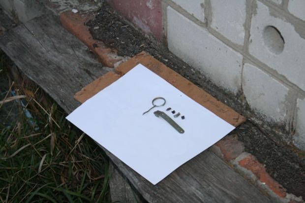 В Черниговской области при взрыве гранаты погибли боец АТО и женщина