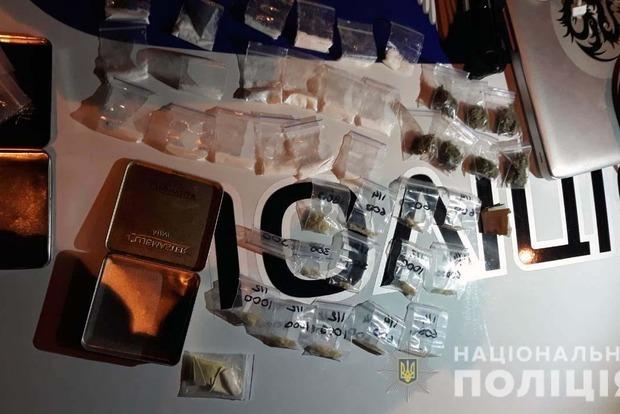 У Києві затримано росіянина з великою партією наркотиків