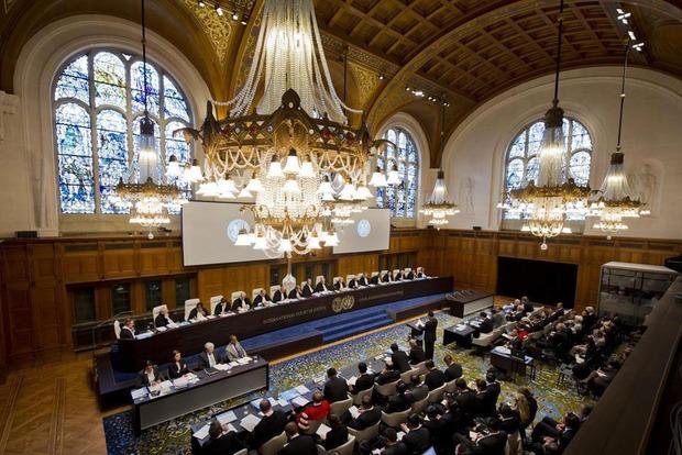 Суд ООН потребовал от России восстановить права татар и возобновить обучение на украинском языке в Крыму