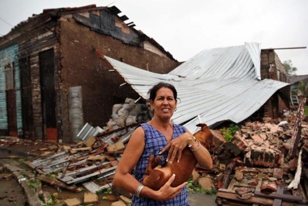 Трамп всех благословил: ураган «Ирма» достиг Флориды