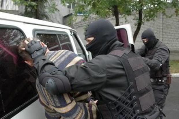 Жил впостоянном страхе: вМариуполе словили  информатора боевиков