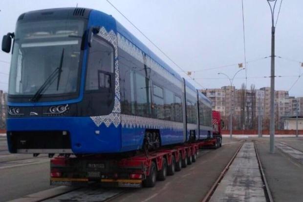 В Киев доставлен польский скоростной трамвай