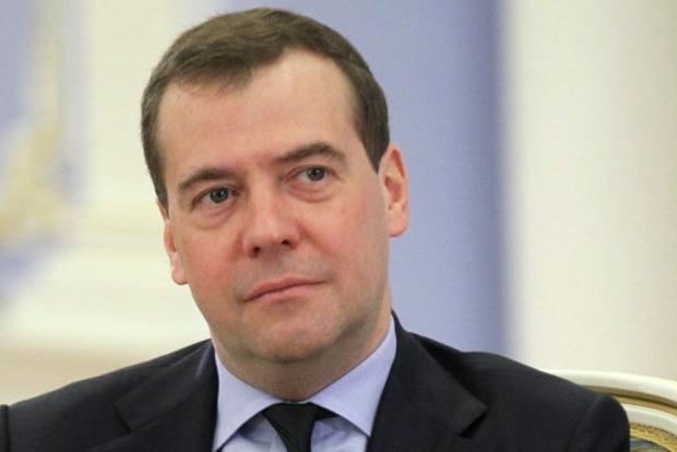 Медведев считает, что «жулики» не вернут России долг в три миллиарда долларов