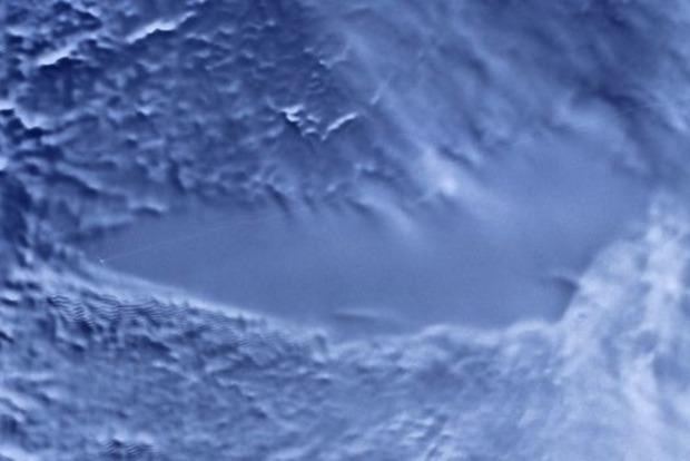 Внутри Марса найдена жидкая соленая вода