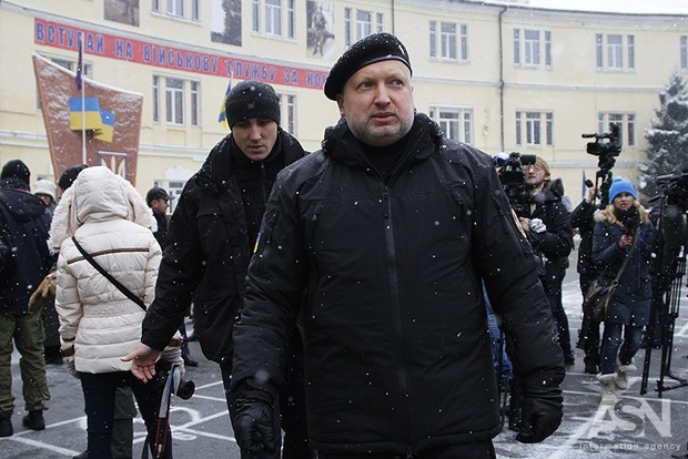 Турчинов предупредил о провокациях «нечистой силы» на Донбассе во время праздников