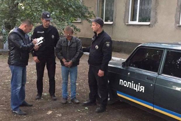 ВОдесской области убили 16-девочку замобильный телефон